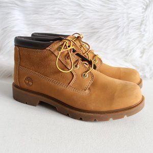 Timberland Women's Chukka Boots Size 8.5